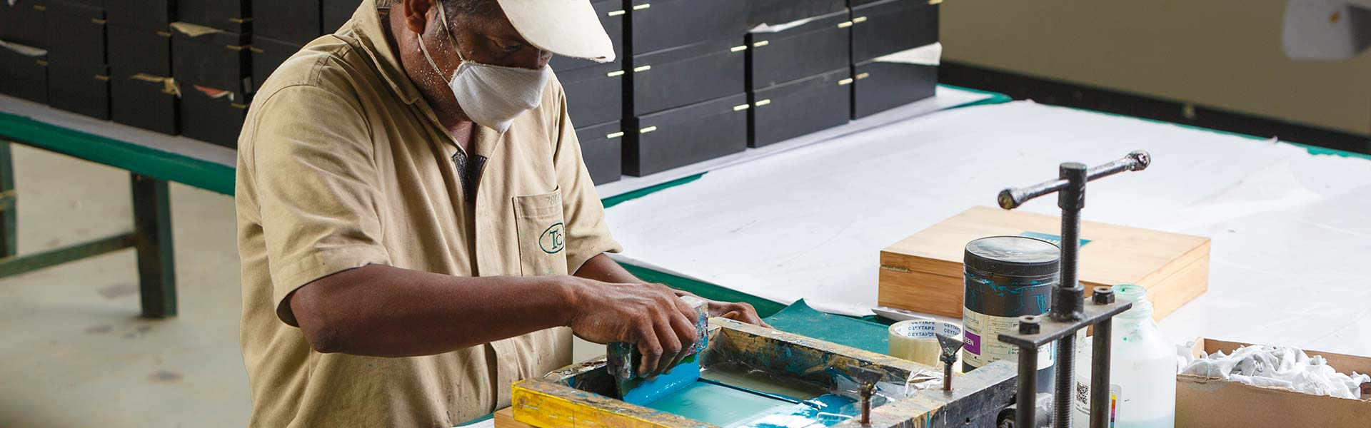 Wooden Tea Chest Manufacturing - Screen Printing Process